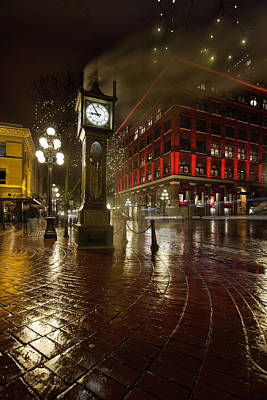Gas Lamp Photograph - Gastown Steam Clock On A Rainy Night Vertical by Jit Lim