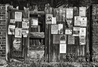 Gate Advertising Original by Vinicios De Moura