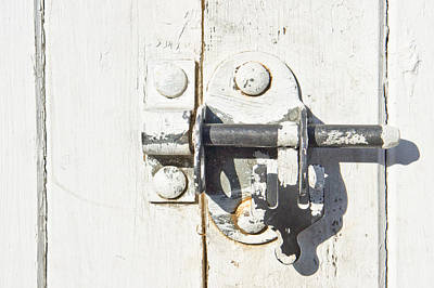 Photograph - Gate Lock by Tom Gowanlock