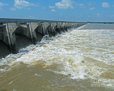 Photograph - Gates Open Bonnet Carre 2011 Louisiana by Lizi Beard-Ward