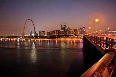 St. Louis Arch Wall Art - Photograph - Gateway Arch by Michael Szoenyi/science Photo Library