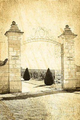 Sketch Photograph - Gateway Into The Garden by Heiko Koehrer-Wagner