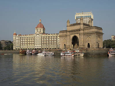 Gateway Of India With Taj Mahal Palace Art Print