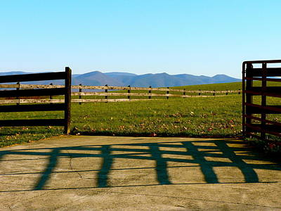 Photograph - Gateway To The Mountains by Jean Wright
