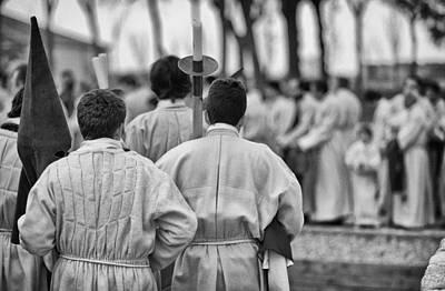 Zamora Photograph - Gather The Brotherhood by Pablo Lopez