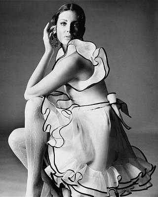 Of Hands Photograph - Gayle Hunnicutt Wearing A Oscar De La Renta Dress by Bert Stern