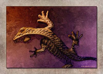 Photograph - Gecko Dance 2 by WB Johnston
