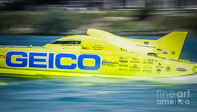 Photograph - Geico Off Shore Racing by Ronald Grogan