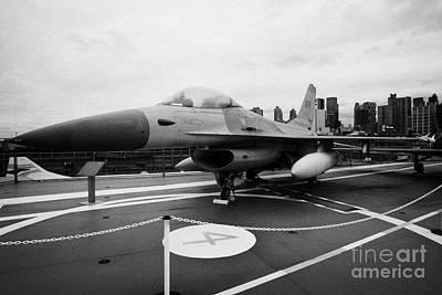 General Dynamics F16 Fighting Falcon On Display On The Flight Deck Of Uss Intrepid Art Print