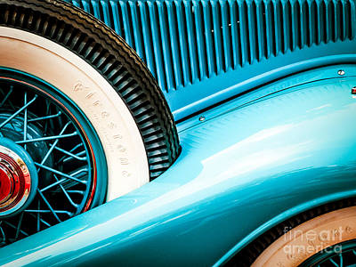 Photograph - Gentle Curves by Neville Bulsara