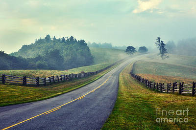 Split Rail Fence Painting - Gentle Morning - Blue Ridge Parkway II by Dan Carmichael