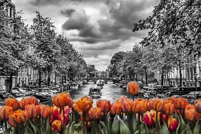 Tulips Digital Art - Gentlemen's Canal  Amsterdam by Melanie Viola