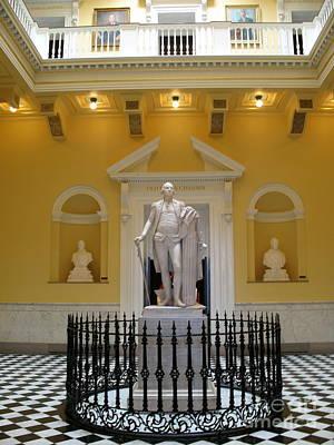 Christiane Schulze Photograph - Georg Washington Statue - Capitol Richmond by Christiane Schulze Art And Photography