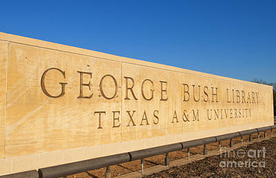 George Bush Wall Art - Photograph - George H. Bush Library, Texas by Bill Bachmann