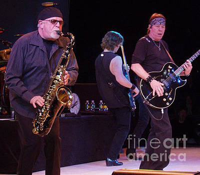 Photograph - George Thorogood And The Destroyers by John Telfer