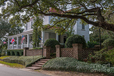 Photograph - Georgetown Home by Dale Powell