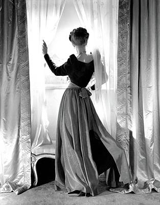 Moire Photograph - Georgia Carroll Wearing Hattie Carnegie by Horst P. Horst