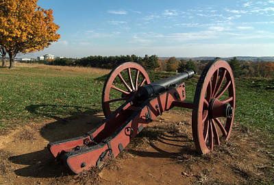 Photograph - Gettysburg Cannon by Wesley Elsberry