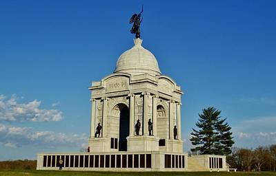 Photograph - Gettysburg - Pennsylvania Memorial by Ed Sweeney