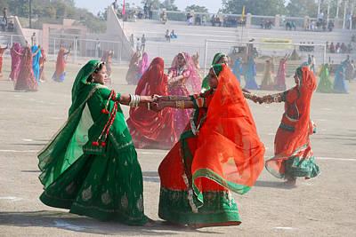 Ghoomar Dance In Rajasthan Art Print by Rakesh Sharma