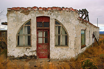Photograph - Ghost Building In Brothers Oregon by Daniel Woodrum