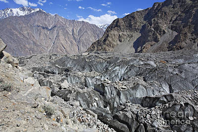 Ghulkin Glacier At The Karakorum Mountains In Pakistan Art Print by Robert Preston