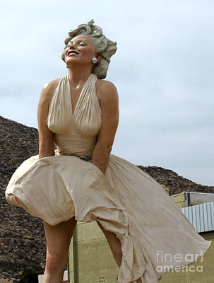 Photograph - Giant Marilyn Monroe Statue In Palm Springs - 01 by Gregory Dyer