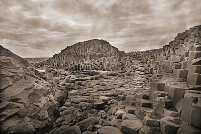 Giants Causeway Photograph - Giant's Causeway by Betsy Knapp