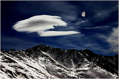 Photograph - Gibbous Moon Over The Continental Divide by Wayne King