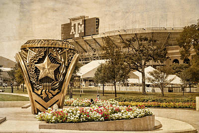 Photograph - Gig'em by Dave Files
