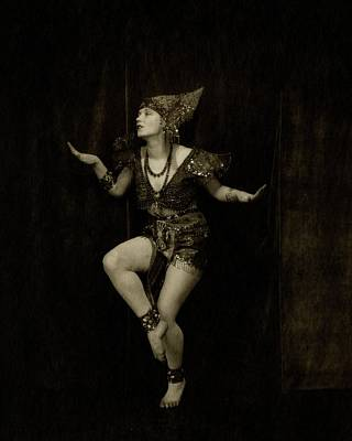 Necklace Photograph - Gilda Gray In Character As A Javanese Dancer by Edward Steichen