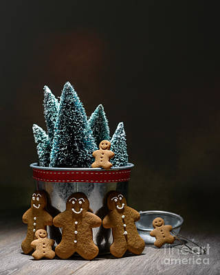 Gingerbread At Christmas Art Print by Amanda Elwell