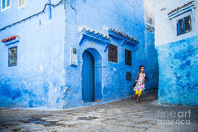 Sabino Photograph - Girl Running In The Blue by Sabino Parente
