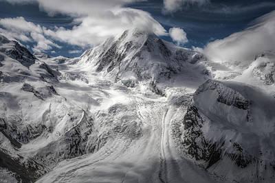 Rosa Photograph - Glacial by Clara Gamito