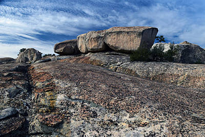 Photograph - Glacial Eratic On Bald Rock Dome by Frank Wilson