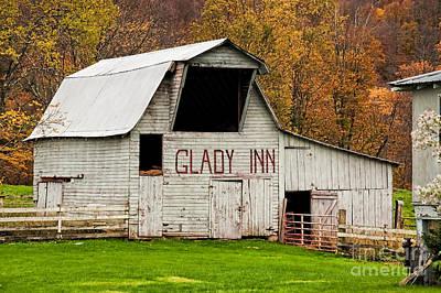 Photograph - Glady Inn Barn Wv by Kathleen K Parker