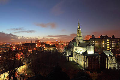 Night Scenes Photograph - Glasgow Cathedral by Grant Glendinning