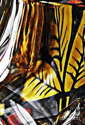Photograph - Glass Abstract 462 by Sarah Loft