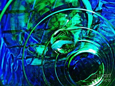 Photograph - Glass Abstract 477 by Sarah Loft