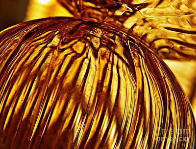 Photograph - Glass Abstract 560 by Sarah Loft
