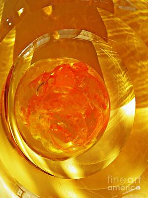 Photograph - Glass Abstract 580 by Sarah Loft