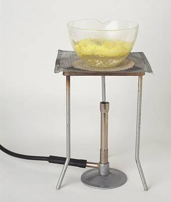 Tripod Photograph - Glass Dish With Suspension Of Sulphur by Dorling Kindersley/uig