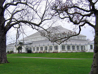 Photograph - Glass House At Kew Gardens by Helene U Taylor