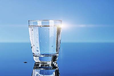 Healthy Eating Photograph - Glass Of Water by Wladimir Bulgar