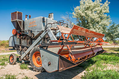 Photograph - Gleaner Baldwin Combine by Sue Smith