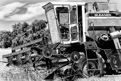 Gleaners Photograph - Gleaner F Combine In Black-and-white by Bill Kesler