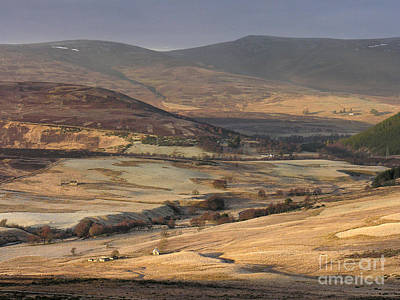 Photograph - Glen Brown - Cairngorm Mountains by Phil Banks