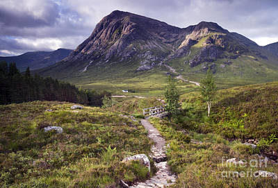 Stob Dearg Photograph - Glencoe Valley by David Lichtneker