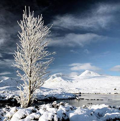 Photograph - Glencoe Winter Landscape by Grant Glendinning