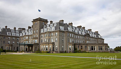 Photograph - Gleneagles Hotel by Liz Leyden